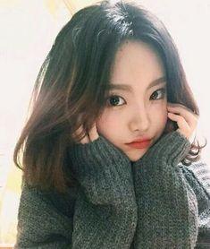 Imagem de ulzzang, girl, and korean Ulzzang Korean Girl, Cute Korean Girl, Cute Asian Girls, Beautiful Asian Girls, Cute Girls, Uzzlang Girl, Korean Beauty, Asian Beauty, Pretty Asian