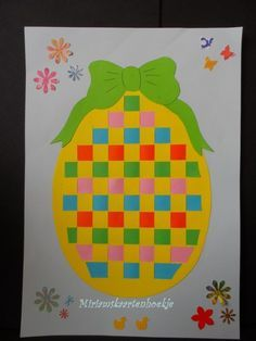 Easter Egg Paper Weaving - Easy Peasy and Fun Spring Projects, Spring Crafts, Holiday Crafts, Easter Craft Activities, Easter Arts And Crafts, Teddy Bear Crafts, Easter Egg Designs, Paper Weaving, Art Lessons Elementary