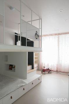 [창동북한산아이파크] 딥네이비, 옐로우, 화이트컬러조합 포인트 33평아파트 인테리어 by 바오미다 : 네이버 블로그 Loft, Furniture, Home Decor, House, Decoration Home, Room Decor, Lofts, Home Furnishings, Home Interior Design