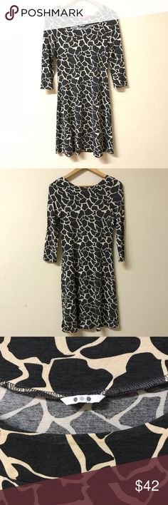 Three Dots Giraffe Print Dress Beautiful dress by Three Dots. Giraffe print, size Medium and fits true to size. Nearly new condition, has only been dry cleaned! Three Dots Dresses Midi