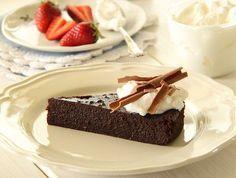 עוגת שוקולד לפסח 1 (צילום: חן שוקרון ,אוכל טוב)