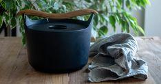 「鍋×炊飯=おにぎり」で贅沢な美味しい時間―ご飯をお鍋で炊くと、おにぎりも別格に― | 家men Tablewares, Dinner Ware, Dinnerware, Dishes