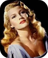 """Hollywood's Most Beautiful Actresses Rita Hayworth ~ """"Sensitive, shy -- of course I was. The fun of acting is to become someone else."""" (IMDB)Rita Hayworth ~ """"Sensitive, shy -- of course I was. The fun of acting is to become someone else. Hollywood Stars, Old Hollywood Glamour, Classic Hollywood, Old Hollywood Hair, Hollywood Waves, Rita Hayworth, Photo Glamour, Glamour Hollywoodien, Divas"""