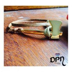 #Pulseras #Manillas #Bracelet #moda #modafemenina #hechoamano #compras365 #tiendavirtual #fashion #comprasvirtuales #dpnaccesorios #diseño #diseñadores #exclusivo #unico #valledupar #colombia #talentocolombiano #arte #cuero #oro #martillo Tie Clip, Gold Rings, Bracelets, Jewelry, Fashion, Shopping, Hardware Pulls, Color Combinations, Moda Femenina