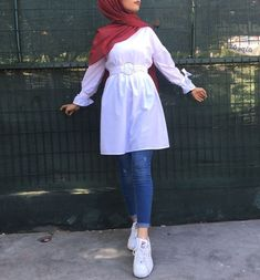 Affordable prices on new tops, dresses, outerwear and more. Hijab Fashion Summer, Modest Fashion Hijab, Modern Hijab Fashion, Street Hijab Fashion, Hijab Casual, Hijab Fashion Inspiration, Muslim Women Fashion, Islamic Fashion, Mode Outfits