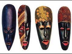 Máscaras africanas                                                       …                                                                                                                                                                                 Mais