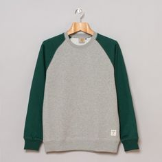 Carhartt Holbrook Bi-Colour Sweatshirt in Grey Heather / Bottle Green