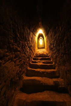 Steps to the doorway from Inside The Great Pyramid of Cholula ~ Puebla, Mexico Ancient Egypt, Ancient History, Ancient Tomb, Stairway To Heaven, Abandoned Places, Pathways, Stairways, Archaeology, Statues