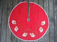 Vintage Angel Motif Tree Skirt by Catsandclover on Etsy
