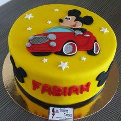 Tarta Mickey coche