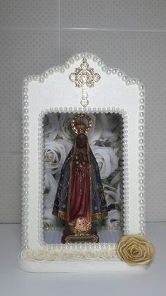 Oratório médio com Nossa Senhora Aparecida - meus artesanatos.  Encomendas entrar em contato pelo @arteemfe facebook ou instagran