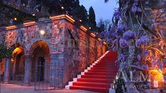 ALMA PROJECT @ Castello di Vincigliata - Stairs production - lighting amber - 150417