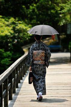 Japanese lady in kimono.