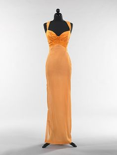 Evening Dress / Gown, Splendid Evening Dress Design, Fashion Designer    Charles James  (American, born Great Britain, 1906–1978)    Date:      1944–45  Culture:      American  Medium:      silk