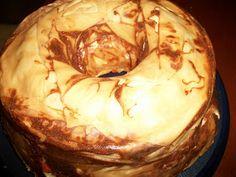 mari plateau: Τυρόπιτα με πιπεριές Camembert Cheese, Food And Drink, Pie, Desserts, Greek, Parties, Torte, Tailgate Desserts, Fiestas