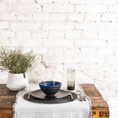 Cremeweisser Tischläufer aus 100% Leinen gewaschen