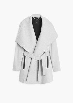 Lapels wool coat from Mango. Size medium.