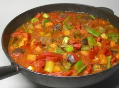 Đuveč (Serbian: ђувеч, [ˈdʑuʋɛtʃ] is a Serbian oven-baked meat and vegetable stew similar to ratatouille. Bosnian Recipes, Croatian Recipes, Vegetable Stew, Vegetable Dishes, Meat Recipes, Cooking Recipes, Cooking Time, Macedonian Food, Stuffed Sweet Peppers