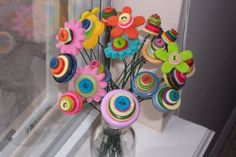 Button bouquets! Fun activity for spring that she can keep in her room afterwards.
