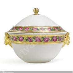 russian tureens | IMPERIAL PORCELAIN MANUFACTURE (Russia) - A LARGE COVERED TUREEN FROM ...