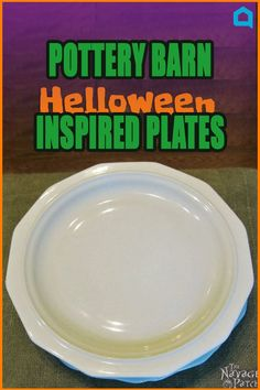 You won& believe she did this on such a tight bud… Gross Halloween Foods, Halloween Plates, Halloween Appetizers, Diy Halloween Decorations, Fall Halloween, Halloween Crafts, Halloween Ideas, Happy Halloween, Halloween Party