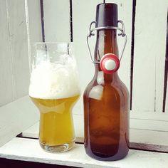 White IPA homebrewed by Chaos Collective #craftbeer #craftbier #kiel #homebrew ipa #indiapaleale #beerlove #beerporn #beerstagram #instabeer #cheers #drinkcraft #craftbeerlife #craftbeerporn #craftbeerkiel #beer #bier #prost