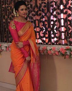 Ishita Bhalla in Orange Saree in Yeh Hai Mohabbatein Full Sleeves Blouse Designs, Silk Saree Blouse Designs, Saree Blouse Patterns, Kurta Designs, Traditional Blouse Designs, Bridesmaid Saree, Orange Saree, Dress Indian Style, Indian Wear