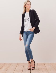 At Stradivarius you'll find 1 Knitted blazer for woman for just 999 UAH . Visit now to discover this and more BLAZERS.