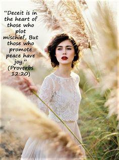 Proverbs 12, Proverbs 31 Woman, Proverbs Verses, Wisdom Bible, Bible Truth, Bible Scriptures, Bible Quotes, Jw Bible, Scripture Verses