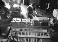 pinkfloyded:  Pink Floyd recording Obscured by Clouds 1972 from the book Pink Floyd - The Black Strat