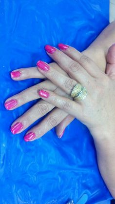 Gel cherry nails