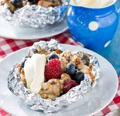 Recipe in Swedish - grilladpaj Baking Recipes, Snack Recipes, Dessert Recipes, Snacks, Simply Recipes, Sweet Recipes, Good Food, Yummy Food, Just Bake