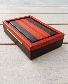 useful and cool wooden boxes with a budget 26 Decorative Wooden Boxes, Small Wooden Boxes, Wooden Jewelry Boxes, Wood Boxes, Wooden Box Plans, Wooden Box With Lid, Wooden Spoon, Wood Shop Projects, Wooden Projects