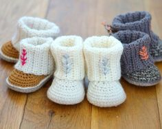 Mini Uggs with Rib Cuffs crochet pattern by Matilda's Meadow