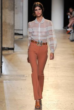 See all the Collection photos from Paul & Joe Spring/Summer 2015 Ready-To-Wear now on British Vogue Runway Fashion, Fashion Show, Womens Fashion, Fashion Design, Ss15 Fashion, Paris Fashion, Fashion Oops, Tumbrl Girls, Parisienne Chic
