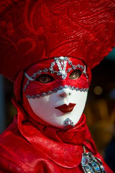 500px / Red in Venice by Lisa Osta