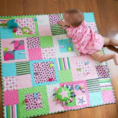 This particular image (free pattern ba quilt easy free patterns ba quilts beginners Patchwork Baby Quilt Patterns Free) earli Quilt Baby, Baby Girl Quilts, Girls Quilts, Children's Quilts, Size Of Baby Quilt, Baby Quilts Easy, Diy Bebe, Patchwork Quilting, Patchwork Baby