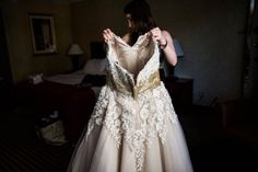 Wedding dress  |  Lauryn Reifinger Photography