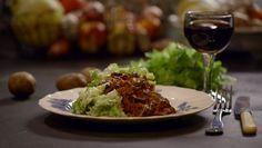 Pulled paddenstoel in pikante bbq-saus met andijviestamppot uit de aflevering 'Andijviestamppot met draadjesvlees van paddenstoel' #KMVB #kokenmetvanboven #hoofdgerechten