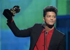 Bruno Mars Photos - Musician Bruno Mars accepts the Best Pop Vocal Album award for 'Unorthodox Jukebox' onstage during the GRAMMY Awards at Staples Center on January 2014 in Los Angeles, California. - The Grammy Awards Show Bruno Mars Awards, Bruno Mars Music, Grammy 2014, Mars Photos, Travie Mccoy, Celebrities, Album, Pop, Image