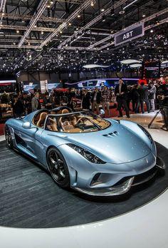 Petit bijou de puissance et de design la Megacar Regera de Koenigsegg a plus de 1500 chevaux sous le capot et passe de 0 à 400km/h en 20 secondes, impressionnant !