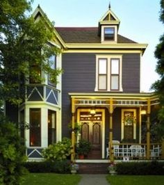 Victorian style home, i love the way they look