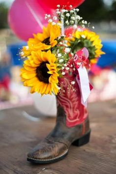 Planning a Cowgirl Birthday Party!