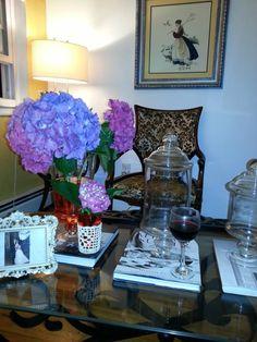 Living room. https://www.facebook.com/media/set/?set=a.541340492589876.1073741839.508164082574184&type=3