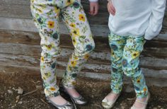 GroopDealz | Youth Spring Floral Pants