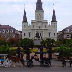 New Orleans...this is the exact spot i warmed up all the American Red Cross Runners before their race 2009