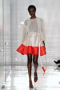 Ralph Rucci Fall 2011 Ready-to-Wear Fashion Show