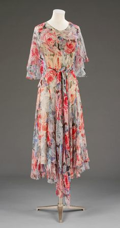 Vionnet Tea Dress - 1931 - by Madeleine Vionnet (French, 1876-1975) - Printed silk chiffon