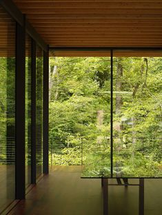 A renovation and extension of a glass house by Kengo Kuma and Associates, Japan 隈 研吾