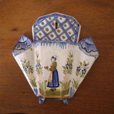 """Antique Henriot Quimper French Faience """"Lezardrieux"""" Breton Woman Wall Pocket"""